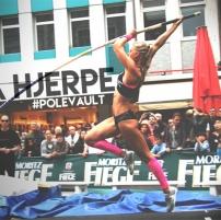 erica_hjerpe_pole_vault.jpg