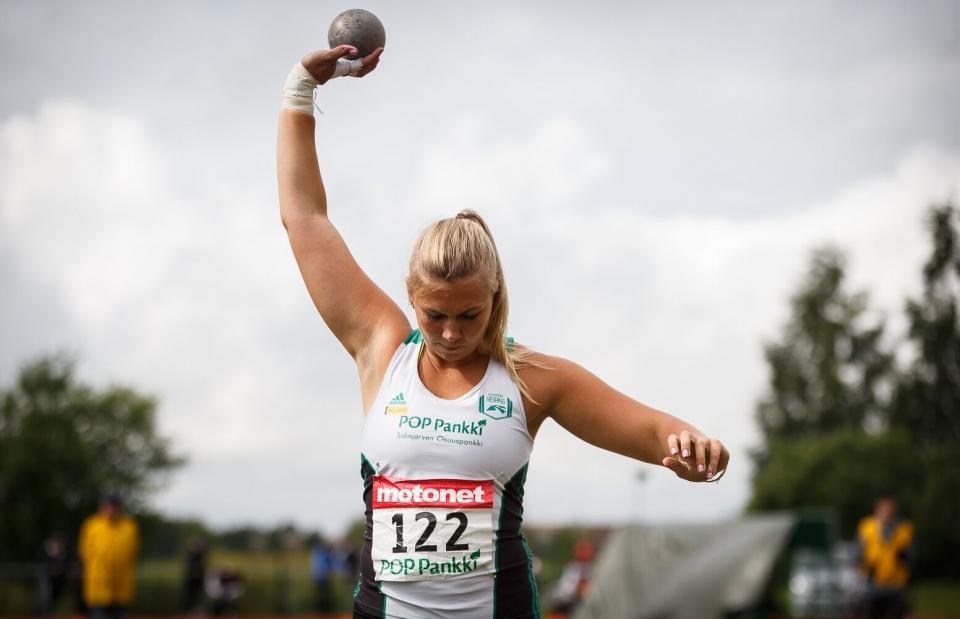 Eveliina Rouvali nuorten SM-kilpailuissa Kauhavalla 2017