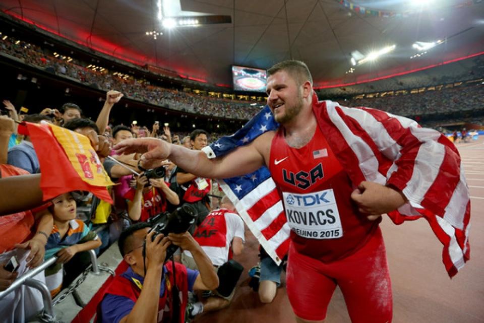 suurkilpailuiden_ensikertalainen_joe_kovacs_voitti_miesten_kuulantyonnon._-_getty.jpg