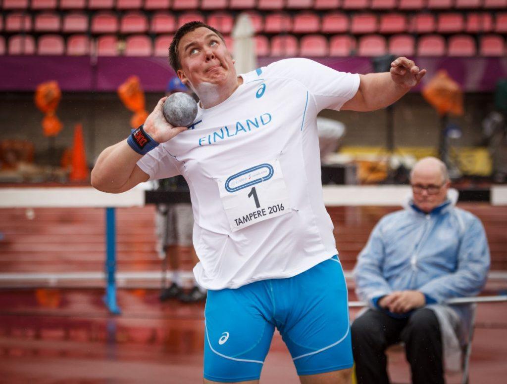 Eero Ahola työnsi nelimaaottelussa 19-vuotiaiden Suomen ennätyksen