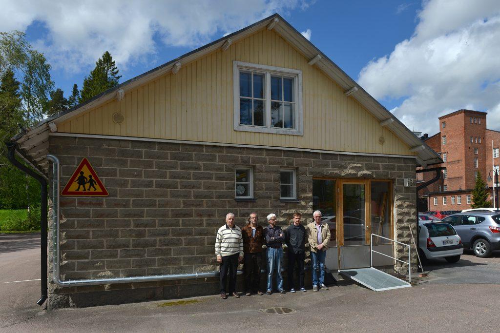 Suomen Yleisurheiluarkisto kokoontui omissa tiloissa