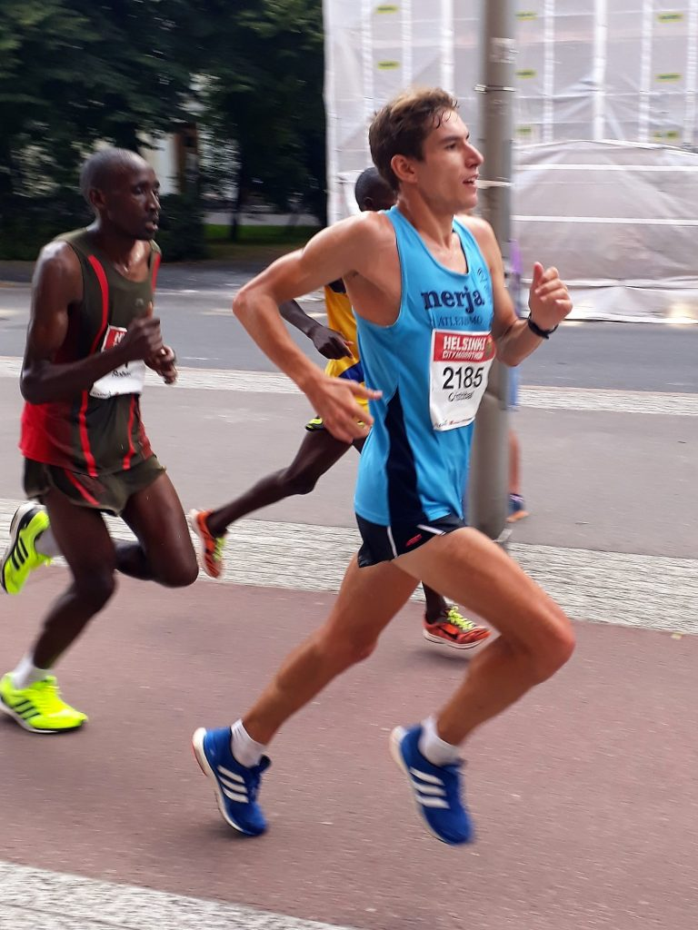 Mugat ja Zakharova Helsinki City Marathonin voittoon