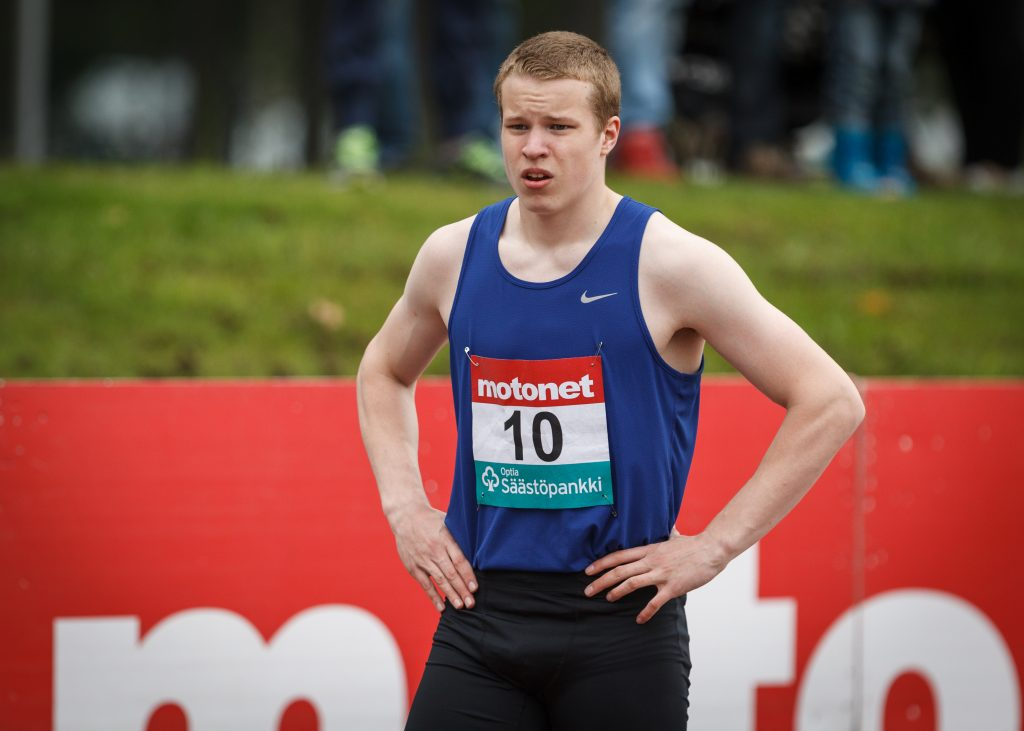 16-vuotias Samuel Purola juoksi 100 metriä 10