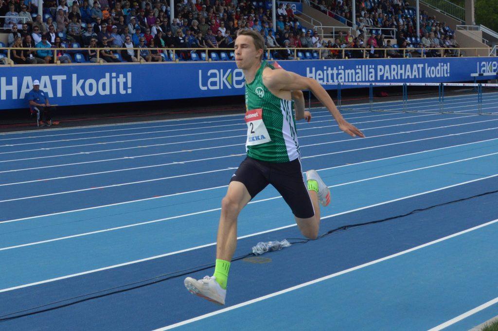 Simo Lipsanen loikki Suomen ennätyksen