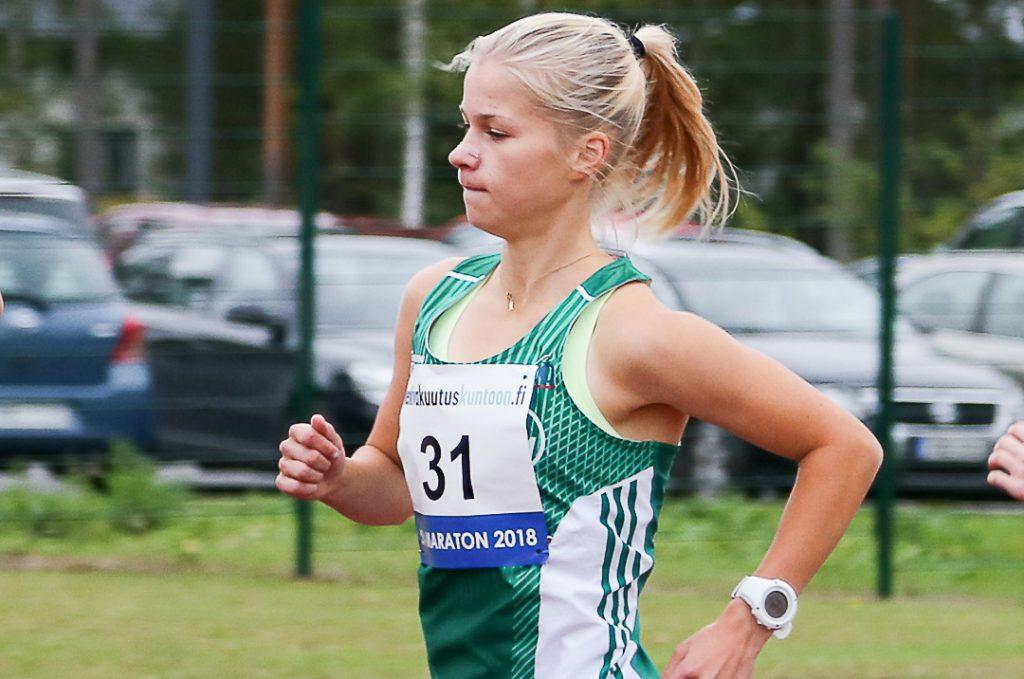 Vainio loistovauhdissa tuulisella SM-maratonilla
