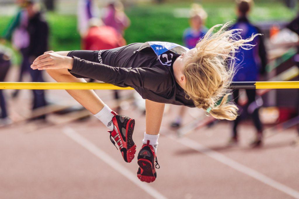 Helle helli urheilijoita Mikkelin ja Saarijärven Seuracup-kilpailuissa