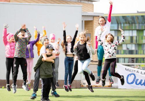 Nestlé for Healthier Kids -iltapäiväkerhot liikuttavat alakoululaisia syksyllä 10 paikkakunnalla