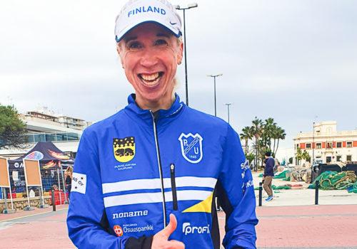 """Kiekara loistovedossa Alicanten puolimaratonilla: """"Alle tunnin 15 minuutin oli tavoite ja onnistuin"""""""