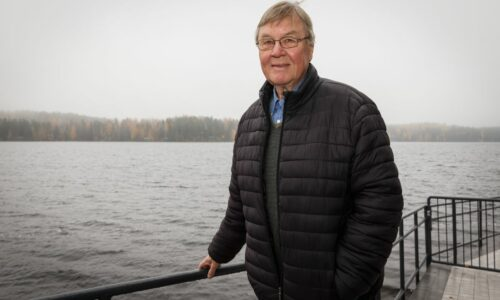 Taisto Polvi 80 vuotta: Moukarinheittäjien valmennus ja konsertointi baritonina iso osa kultamitalivalmentajan arkea