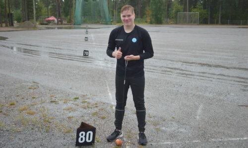 Kangasniemi moukaroi Lohjalla yli 80 metriä – Saari rikkoi junioreiden MM-rajan