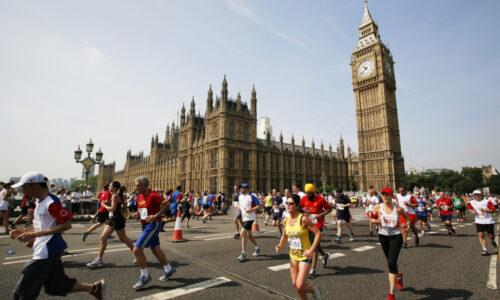 Joyciline Jepkosgei huippuvauhdissa Lontoossa – Gezahegne juoksi maantiekympin ME:n